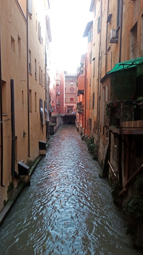 Μπολόνια-Ένα-ταξίδι-στην-Ιταλία-του-Μεσαίωνα