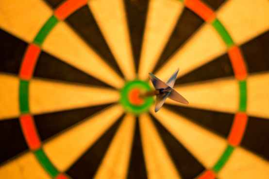 bull-center-bulls-eye-darts-15812-1
